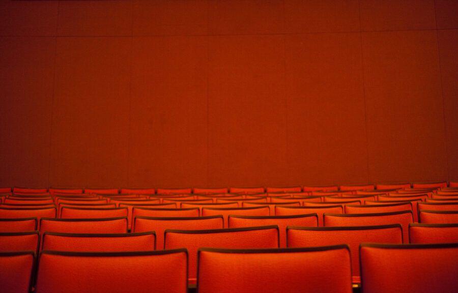 Teatr-wedlug-norweskiej-pisarki-Gro-Dahle