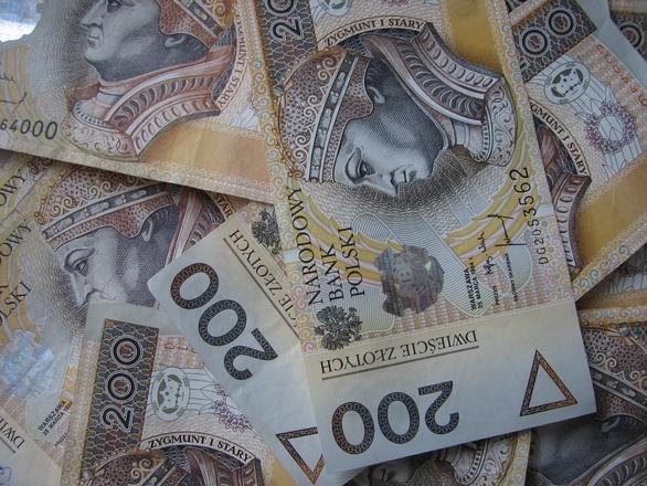 Po pięćdziesiątce Polacy też mogą dobrze zarabiać